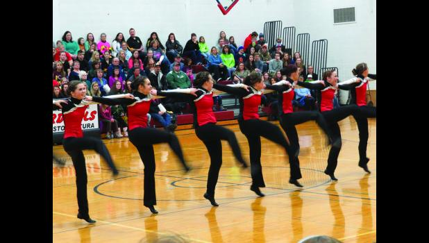 "The LA Lazers performed their high kick to the song ""Light Em Up"" and they performed to the song ""Dear Future Husband"" for their Jazz Funk performance under the direction of Coach Ashley Langerud."